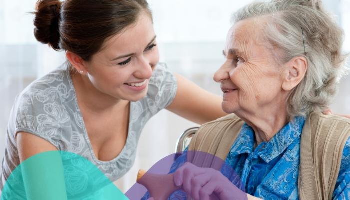 Silbidos al respirar en el adulto mayor: ¿Qué son y qué hacer?