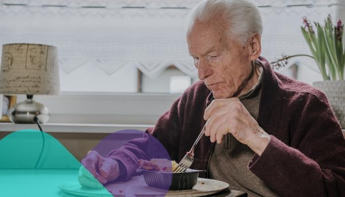 ¿Tu adulto come solo o sin supervisión? Cuidado: podría tener disfagia