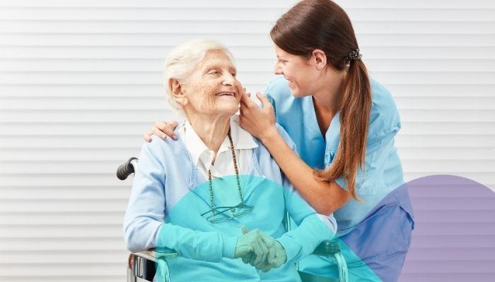¿Cómo elegir al cuidador ideal para un adulto mayor?